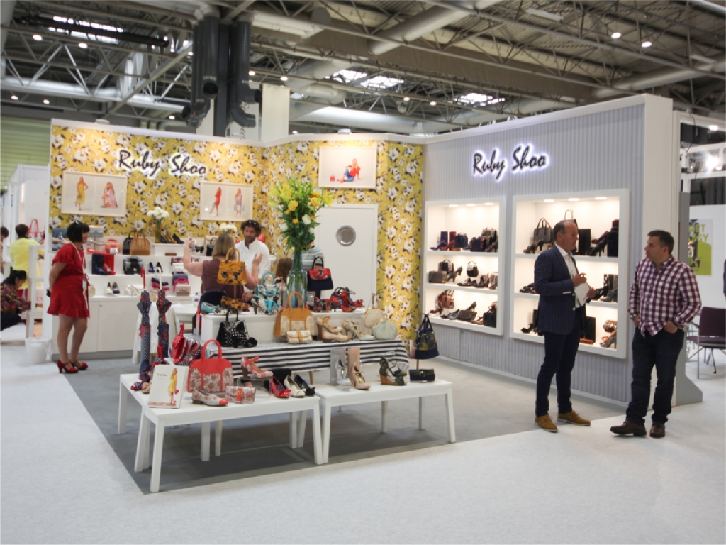 Expo Exhibition Stands Tall : Fashion expo standsay exhibition masters design